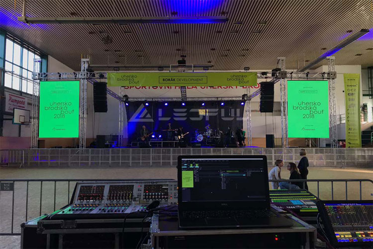Switzerland 500x500 Outdoor Rental LED Display