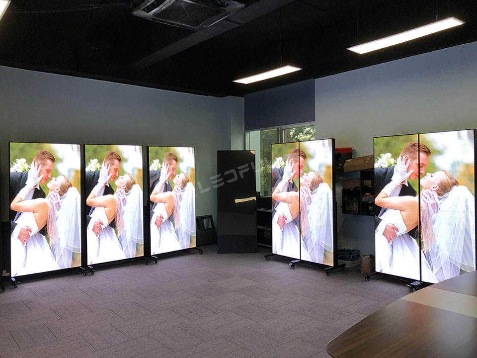 LEDFUL LED Poster Screen Display